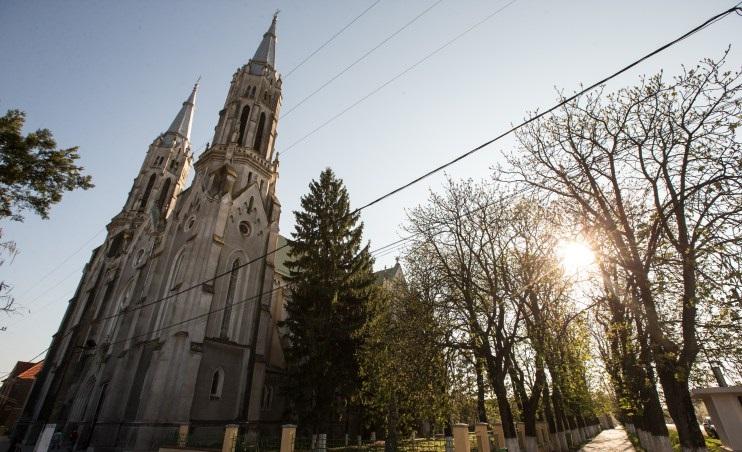 biserica romano-catolica vinga